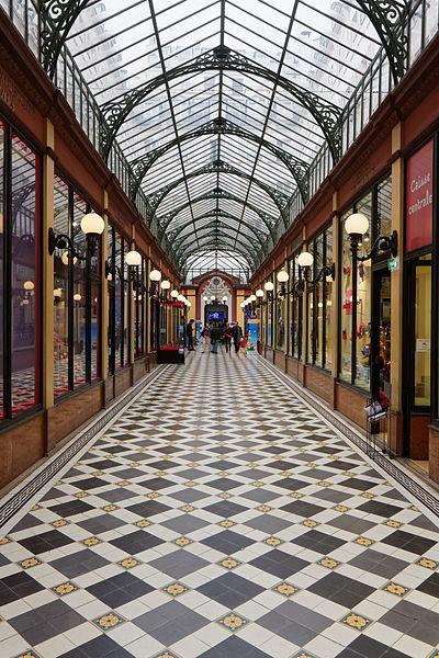 Fichier: Paris - Passage des Princes - PA00088996 - 2015 - 001.jpg