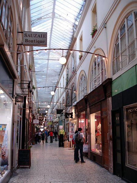 Fichier: Paris - Passage de Choiseul 04.jpg